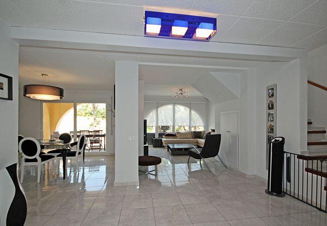 Villa en Empuriabrava - LV09 MEDES
