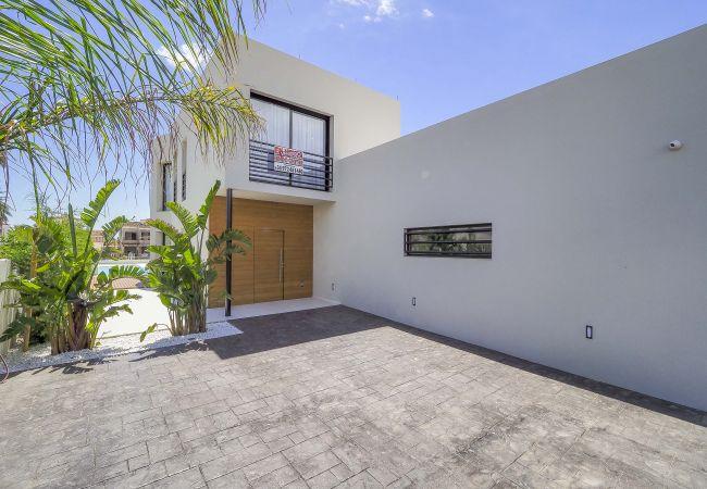 Villa en Empuriabrava - LV18 TER 6A     LOS GRANJEROS